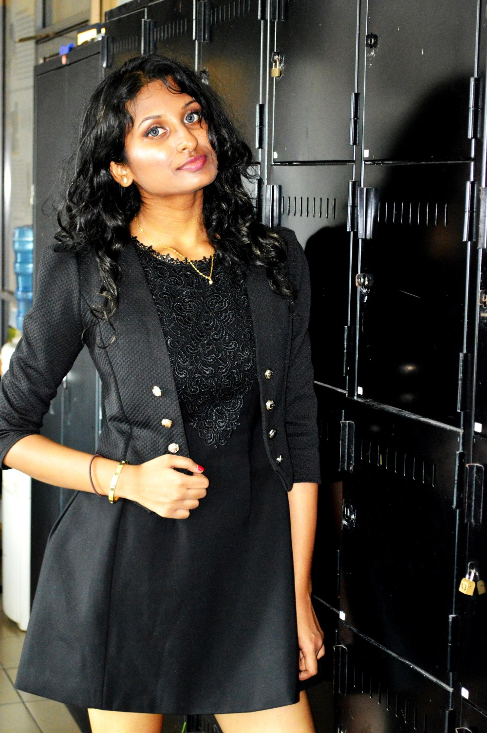 the-britlankan-burberry-stylenomics-little-black-dress-2