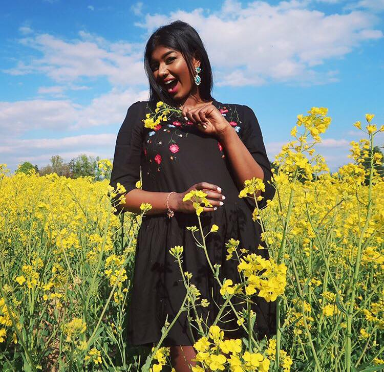 Risi Singham Zurich Makeup blogger