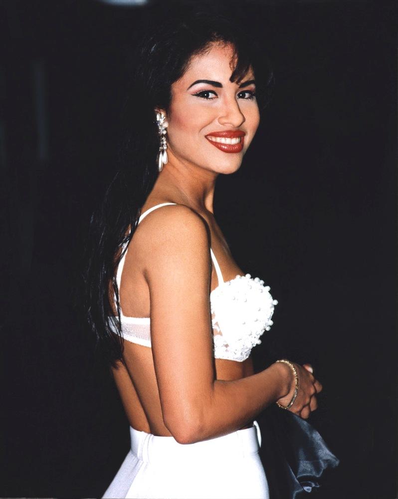 Selena-Quintanilla-white-bustier