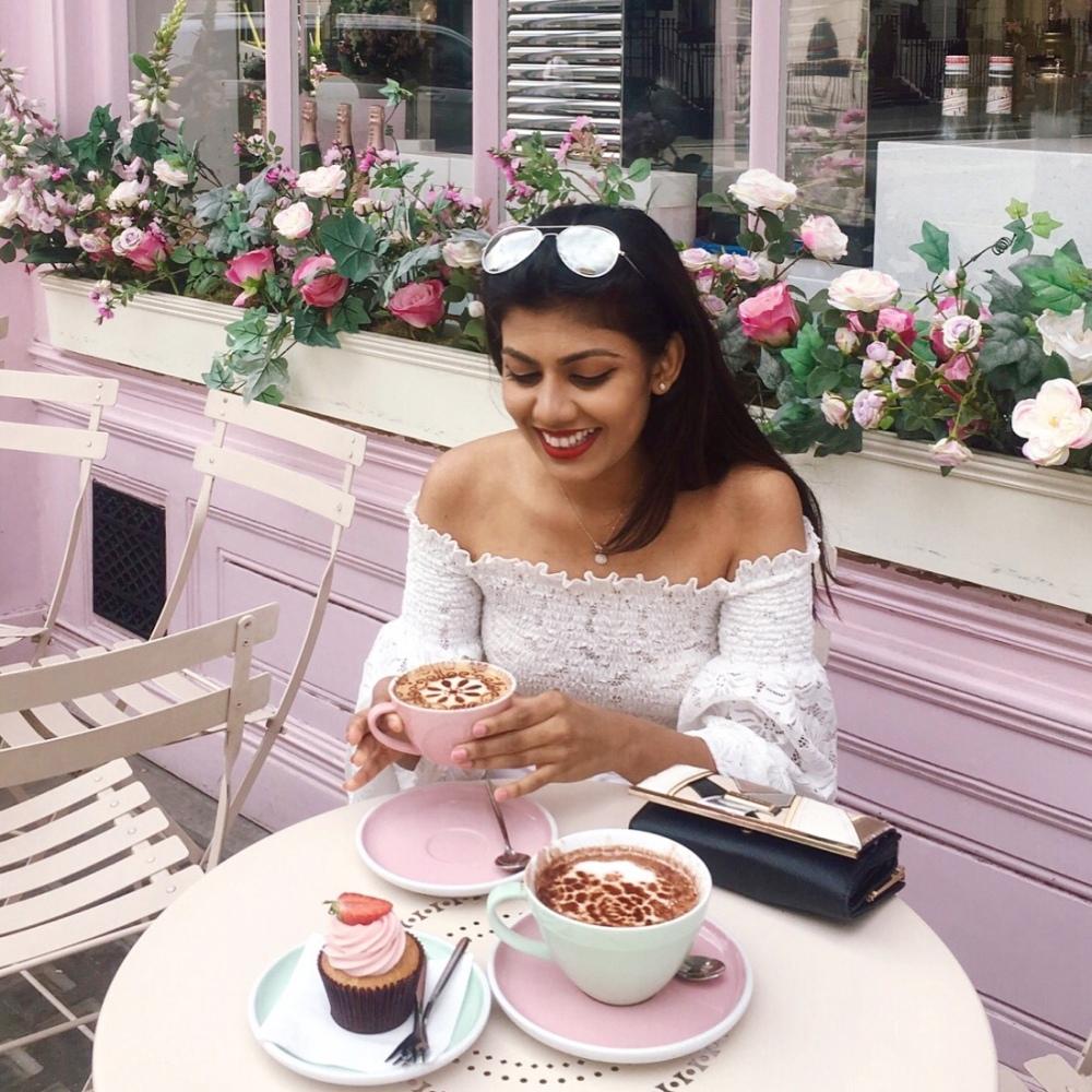senuri-ranathunga-srilankan-travel-blogger