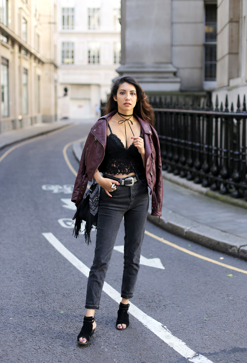 2-Anoushka-Probyn-UK-London-Fashion-Blogger-Nightlife-Mom-Jeans-Bralet